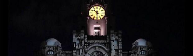 Artikelbild für: Mapping auf dem Liver Building zur Eröffnung des New Museum of Liverpool
