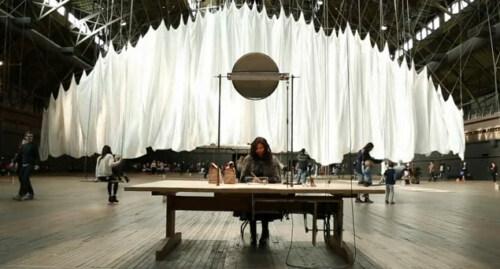 Artikelbild für: Installation von Ann Hamilton: The Event of a Thread