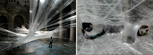 Artikelbild für: Begehbare Installation aus Klebeband: Tape