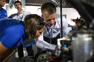 Artikelbild für: Mitarbeiter Recruiting: so sehen gute & effektive Recruiting-Events aus – Beispiel: Formula Student