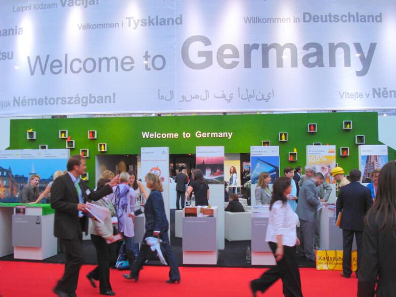 Artikelbild für: Social Media Mice Day auf der IMEX 2011 in Frankfurt – mit Sascha Lobo und Christian Oblasser