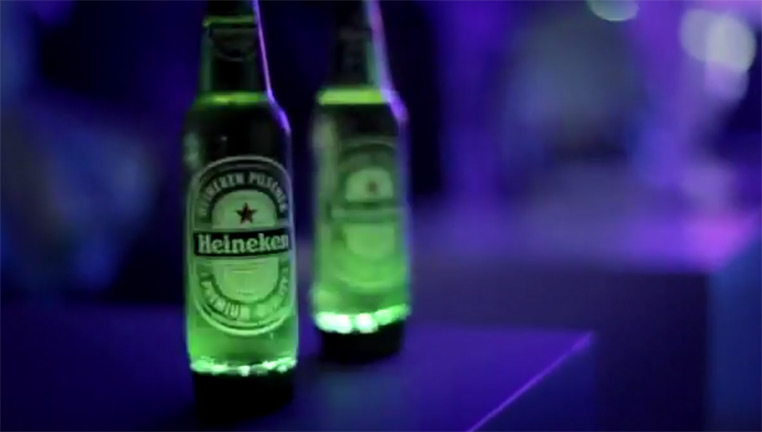Artikelbild für: Eine interaktive Flasche von Heineken: igNITE