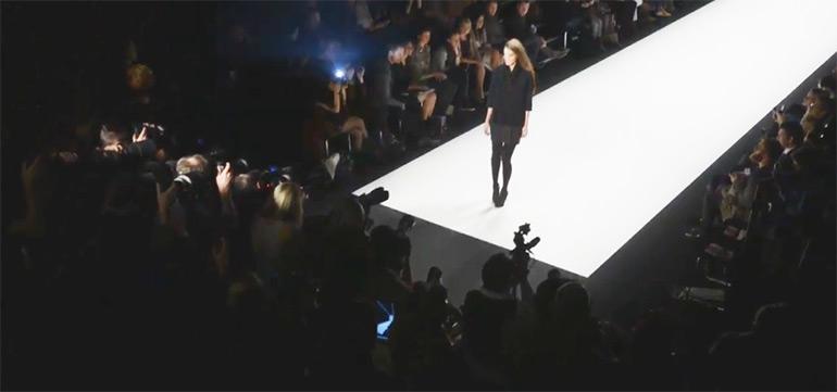 Artikelbild für: Lichtdesign & Events: die richtige Beleuchtung für Fotografen – Mercedes-Benz Fashion Week Berlin