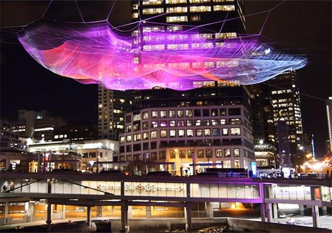 Artikelbild für: Interaktive Netz-Installation: Unnumbered Sparks