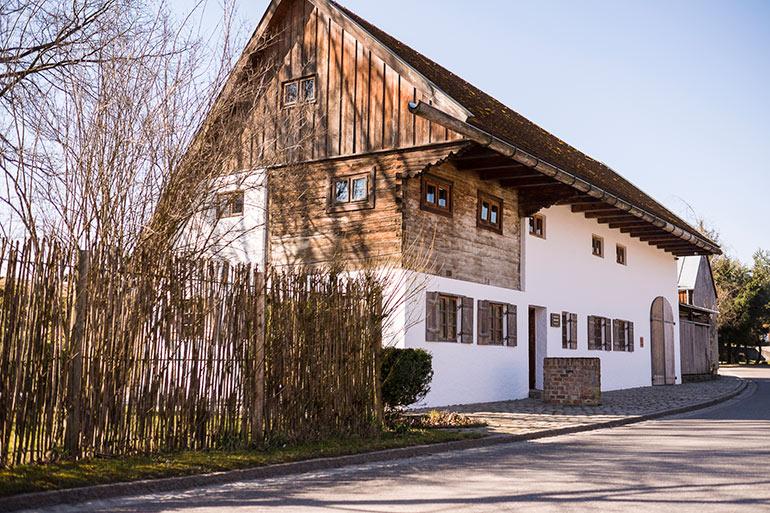 location-Muenchen-Woferlhof_Aiterbach-front