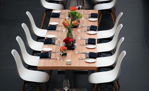 Artikelbild für: Style für die Location: Wie Designmöbel Raum- und Eventkonzepte bereichern