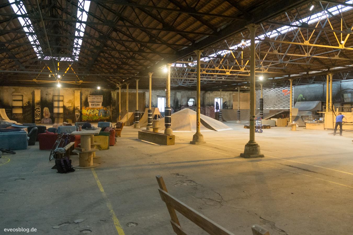 Bordeaux historische mauern voller design moderner kunst kultur tip - Location hangar bordeaux ...