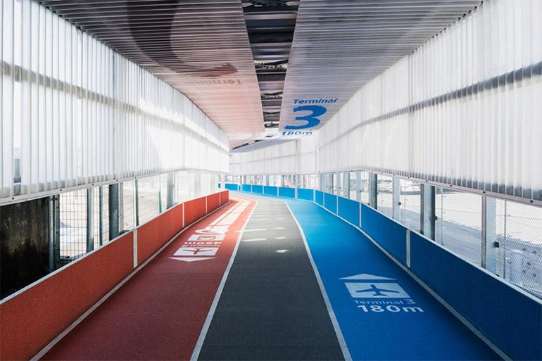 raumdesign-tokyo-flughafen-leitsystem-olympia-laufbahnen4