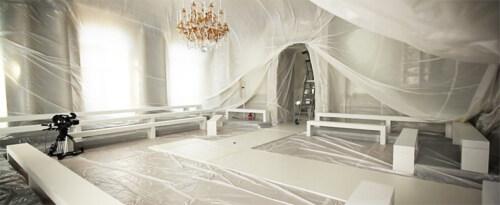 Artikelbild für: Reizvolle Hüllen für eine Location und Fashion Show
