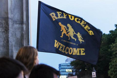 Artikelbild für: Wie die Eventbranche Flüchtlingen hilft und helfen kann