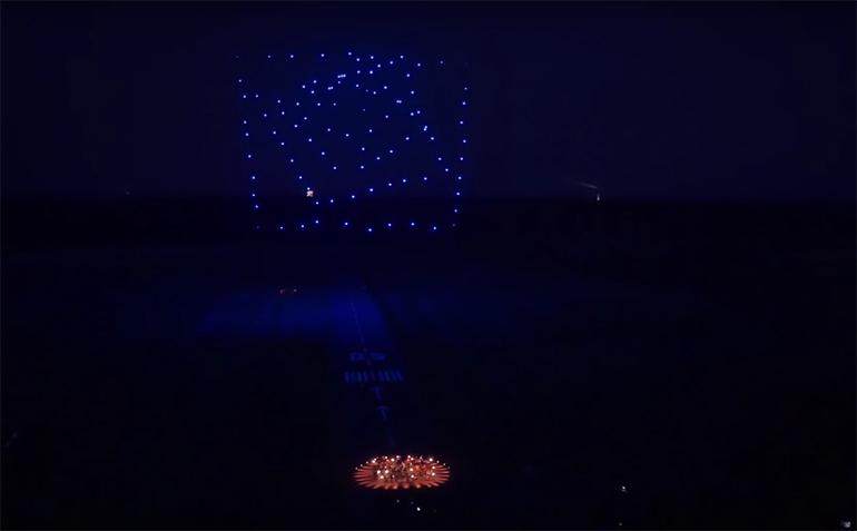 drohnen-lichtshow-drone-100