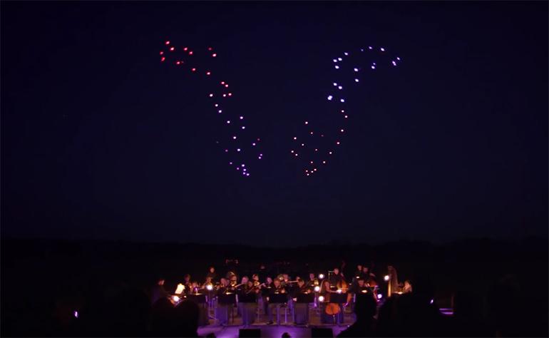 drohnen-lichtshow-drone-100_2