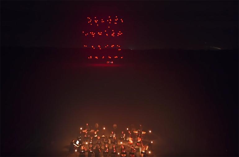 drohnen-lichtshow-drone-100_7