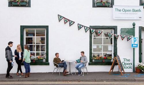 Artikelbild für: Promotion Idee für kleine Shops & Läden: Urlaub in einem Buchladen