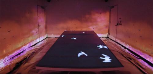 Artikelbild für: Wenn jeder beliebige Raum zum immersiven Erlebnis wird – anpassungsfähige Installationen
