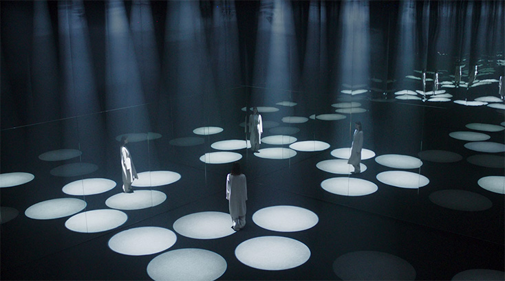 Lichtinstallation-Forest-of-Light-Cos-Salone-del-Mobile2