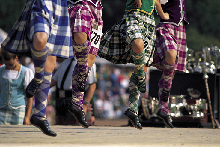highland-dancing_copyright-visitscotland