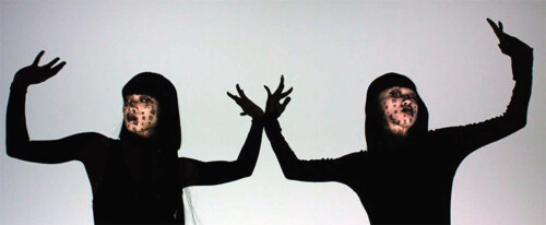 Artikelbild für: Faszinierend reales Human Face Mapping: Echtzeit Projektionen auf sich bewegenden Gesichtern