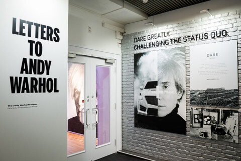 Artikelbild für: Andy Warhol Ausstellung im Cadillac House