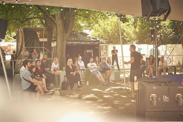 Artikelbild für: Neue Festival-Formate: Live-Musik mit Kreativ-Kongress