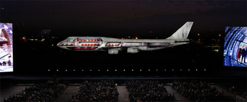 Artikelbild für: 100 Jahre Boeing: Projection Show auf einer 747