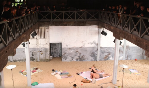 """Artikelbild für: Opern-Performance """"Sun & Sea (Marina)"""" auf der Biennale in Venedig 2019"""