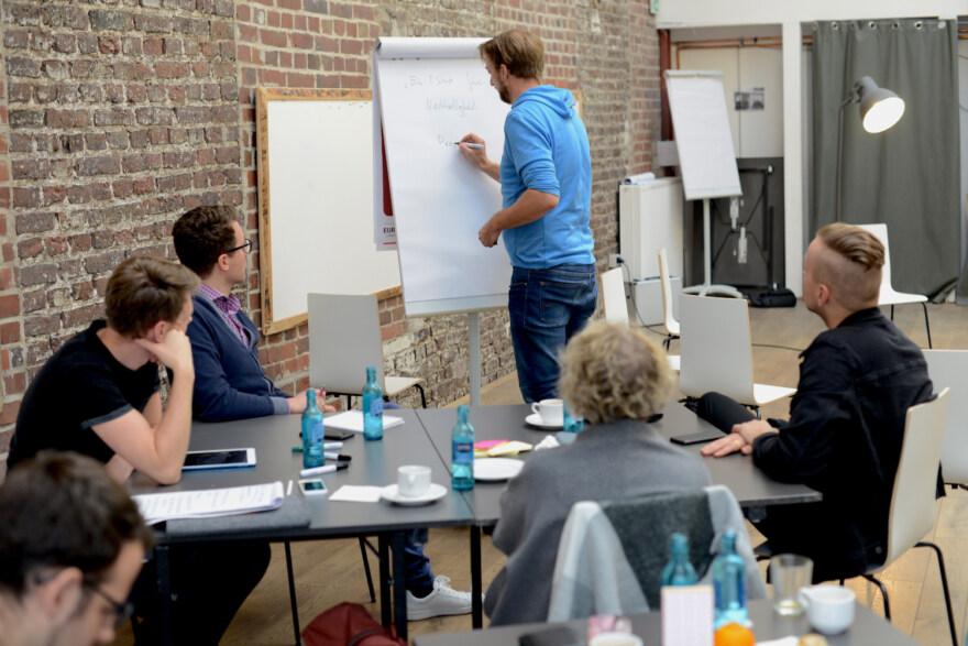 """Artikelbild für: Weiterbildung & soziales Engagement im """"Inszenierung Workshop""""- Verlosung eines Platzes"""