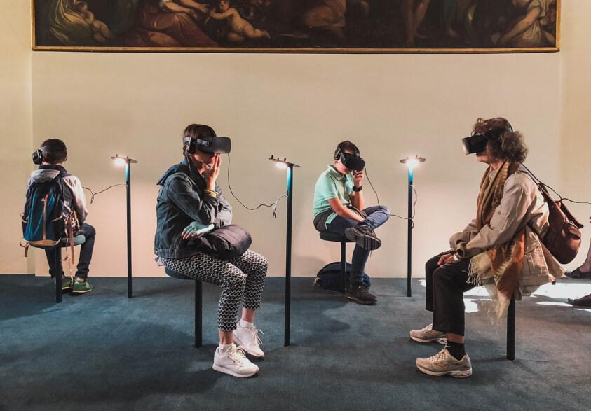 Artikelbild für: Virtual Reality bei Markenerlebnissen: Nutzen, Einsatz & Herausforderungen