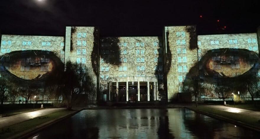 """Artikelbild für: Online-Premiere der Mapping Installation """"Facing Extinction"""" – Luminale 2020"""