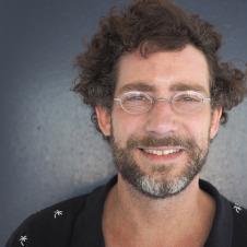 """Artikelbild für: Online-Events: """"Mir geht der künstliche Hype auf die Nerven."""" – Interview mit Kai Janssen"""