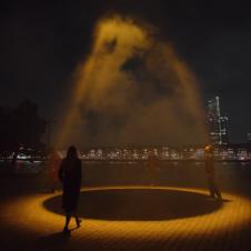 """Artikelbild für: Licht gegen Coronaviren im öffentlichen Raum? """"Urban Sun"""" von Studio Roosegaarde"""