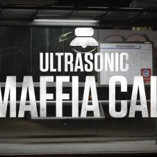 """Vorschaubild der Promotion """"Ultrasonic Maffia Call"""" an einer Bushaltestelle"""